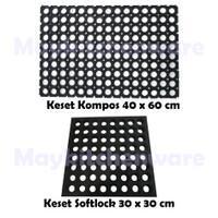 Keset Karpet Karet Kompos Lubang 40x60 cm Anti Slip Licin Kamar Mandi