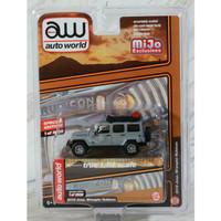 Miniatur Jip Diecast Auto World 64 Jeep Wrangler Rubicon w/Roof Rack