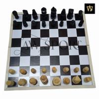 Papan Catur kayu / Chest board / Board Game (M) 30x30cm / permainan