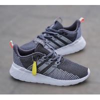 Sepatu Adidas Questar Flow Grey Original - GREY WHITE, 40