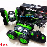 MAINAN MOBIL ARDILES RADIO CONTROL STUNT CAR