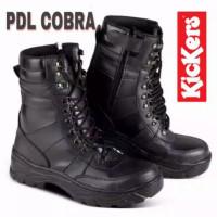 sepatu boots safety pria kerja PDL hitam model cobra Kickers - Hitam, 39