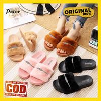 [PREMIUM] SANDAL WANITA SELOP LESLIE Premium Sandal Rumah Bulu Polos - Hitam, 37