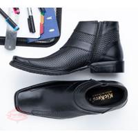 Sepatu Boot Pria Kulit Asli Model Pantofel Formal Berkuaitas 0317