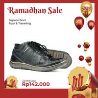 Sepatu Boots Pria Casual Kulit Asli Microcell Outsole Boot BKS02