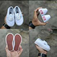 sepatu sneaker anak perempuan 1 tahun vans autentic
