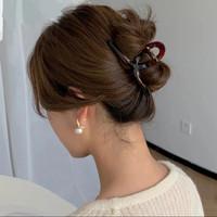 Jepit Rambut Bahan Akrilik Transparan Simple Cantik