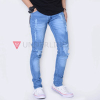 celana jeans cowok robek lutut / jeans pria terbaru