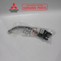 GAGANG SPION KIRI CANTER ORIGINAL 100% MITSUBISHI MK435057