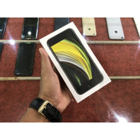 IPHONE SE 2020 64gb BLACK (Garansi TAM / IBOX Belum Aktif) Baru / Sege