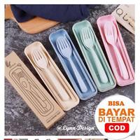Sendok Set Garpu Sumpit Bahan Jerami / souvenir set