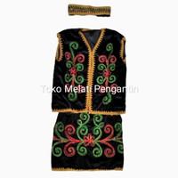 Baju Pakaian Adat Daerah Dayak Kalimantan Anak Cewek Perempuan TK