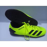 Sepatu Futsal Adidas Predator Hijau/Sepatu Futsal Adidas Pria