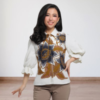 Batik Kultur Blazer - CCRO - Oversized Trio Flower in Smoke White
