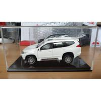 Diecast Skala 1 : 32 Mitsubishi All New Pajero Sport (Warna Putih)
