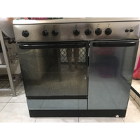 Kompor Listrik Ariston 5 tungku + oven bawah