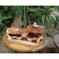 Meja tatakan dudukan rak pot guci pajangan kayu jati