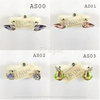 Aksesoris wanita anting / Anting wanita made with crystal lized - Random