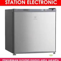 Electrolux Eum0500Sb-Rid Mini Bar Kulkas Portable 46 L - Khusus