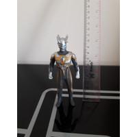 action figure ultraman zero vynil ori bandai artikulasi