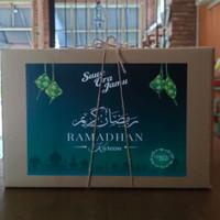Box Packaging untuk Hampers Lebaran