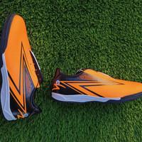 sepatu futsal specs hyperspeed green &Oren - Orange, 39