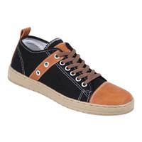 Sepatu Kets Pria Zeintin GA 5965 Hitam - Bahan Canvas - 38
