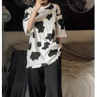 Kaos Santai Baju Motif Sapi Hitam Putih Concrete Cho Cow