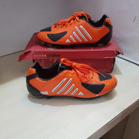 Sepatu Bola Ardiles King SC Black/Orange