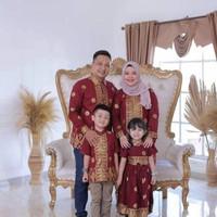 baju couple ayah ibu tidak termasuk baju anak - S