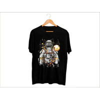 MS - BF196 Kaos Distro Pria T-Shirt Pria Kaos Pria Astronot Bola Dunia