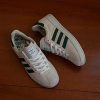 Sepatu Sneakers Casual Adidas Broomfield White