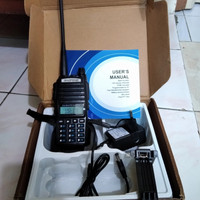 HT BAOFENG UV 82, Dual Band/Dual PTT Fullset, New.