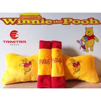 Bantal mobil 2 in 1 Bertema Winnie The Pooh Nyaman Dipakai