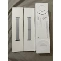 Apple Watch 5 40mm Silver Aluminum White Sport Band Bonus 2 Strap Ori