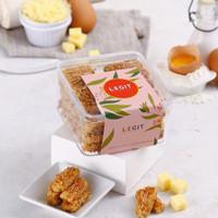 Kaastengel Keju Edam Wijsman Premium ( Kue Kering Lebaran )