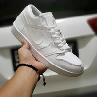 sepatu putih polos pria wanita ukuran 36 45 nike air high