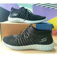 RAMADHAN SLAE!!! Sepatu SKECHERS Pria Slip On Sneakers - Black, 39