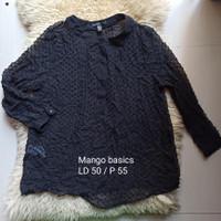 Baju atasan blouse wanita Mango basics black hitam