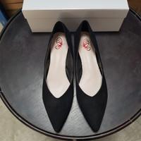 0366 Sepatu Suede Pearl Pantofel. Bahan Canvas - Hitam, 35