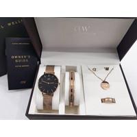 Jam tangan wanita daniel wellington original PETITE MELROSE BLACK