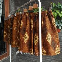 Celana Pendek Kolor Batik Pria dan Wanita