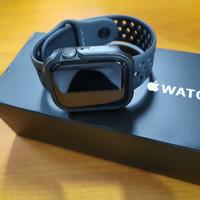 APPLE Watch Series 4 Nike+ 44mm Grey Black Alumunium SportBand MU6L2