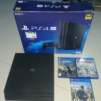 ps 4 pro 1 tb OFW + 3 game