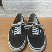 sepatu vans authentic black white original