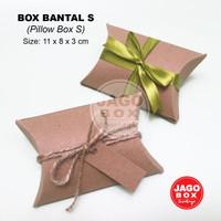 PILLOW BOX /KOTAK KADO SOUVENIR KRAFT , ukuran 11 X 8 X 3 Cm