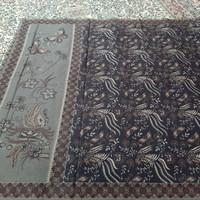 kain batik printing halusan premium laseman merak kecil hitam