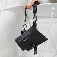 MIKA BLACK  MNM x ARCIO  Tas Selempang Unisex Sling Bag Wallet Pouch - Hitam