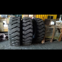 Ban loader tubles 17.5-26 16PR