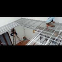 jasa pemasangan kanovi baja ringan atap spandek transparan tanggerang